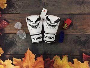 Combo găng tay Boxing walon trắng với băng đa 3m2